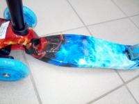 Самокат maxi принт со складной ручкой